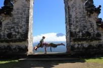 Family yoga bali acro yoga