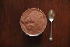 smoothie yoga frog raw juice cacao banana avocado berries
